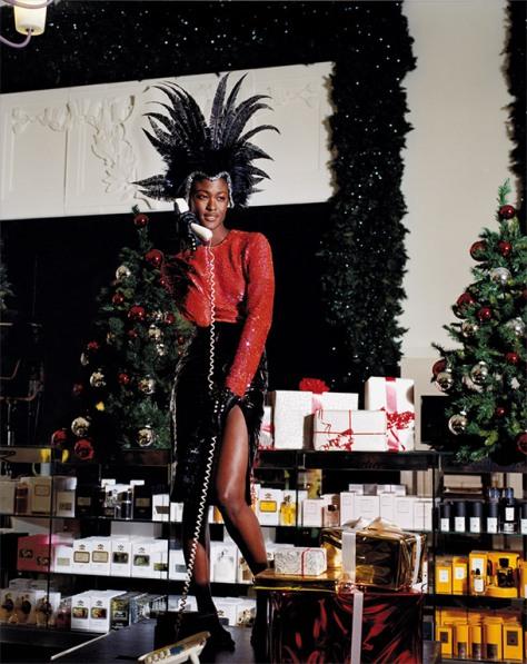 Selfridges-Christmas2012-ModelLG